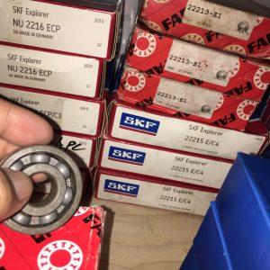 22215 E/C4 SKF
